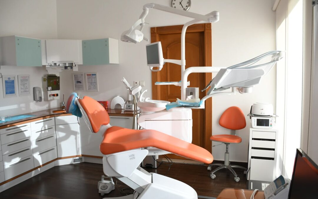 Two of the Most Commonly Asked Questions by Dentist Professionals about Business Insurance