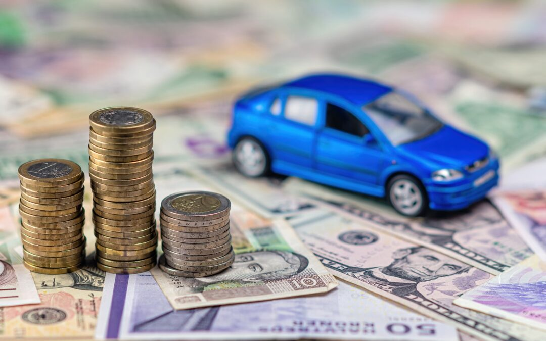 What Discount Should I Look For When Buying Auto and Homeowners Insurance?