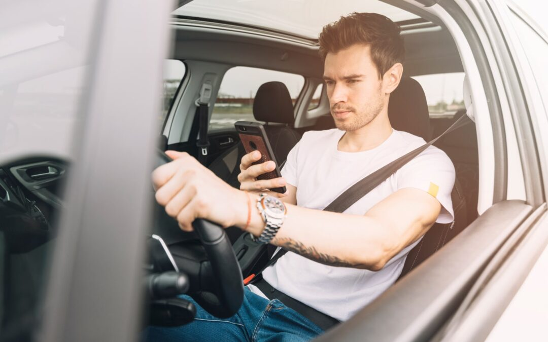7 Strategies to Improve Employee Safety, Discourage Distracted Driving