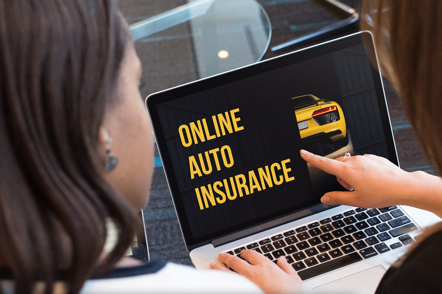 pointing at online auto insurance