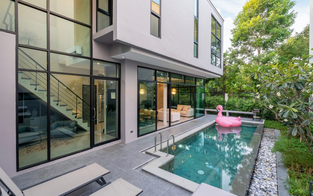 How Much Does It Cost To Insure A Luxury Home?