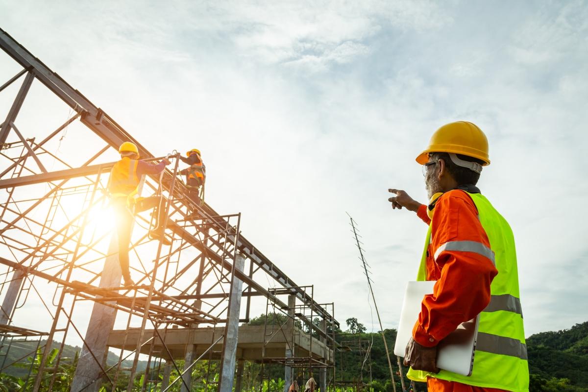 contractors insurance image