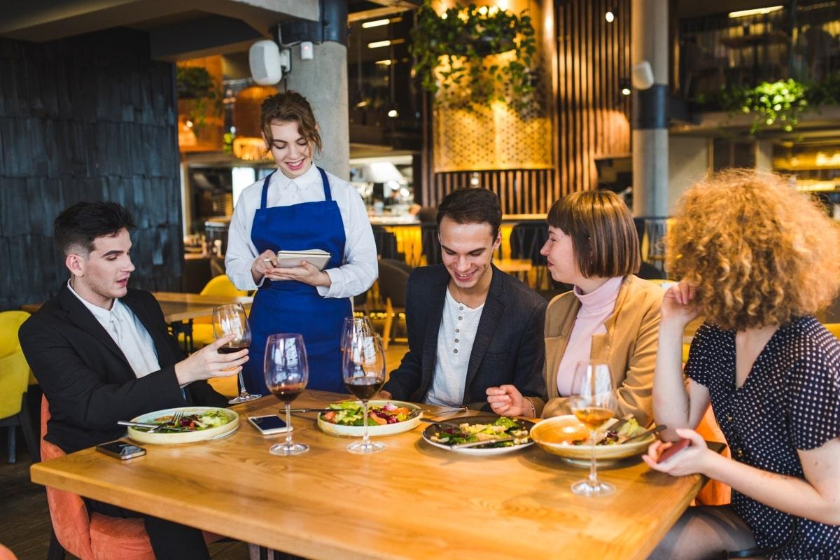 restaurant insurance image